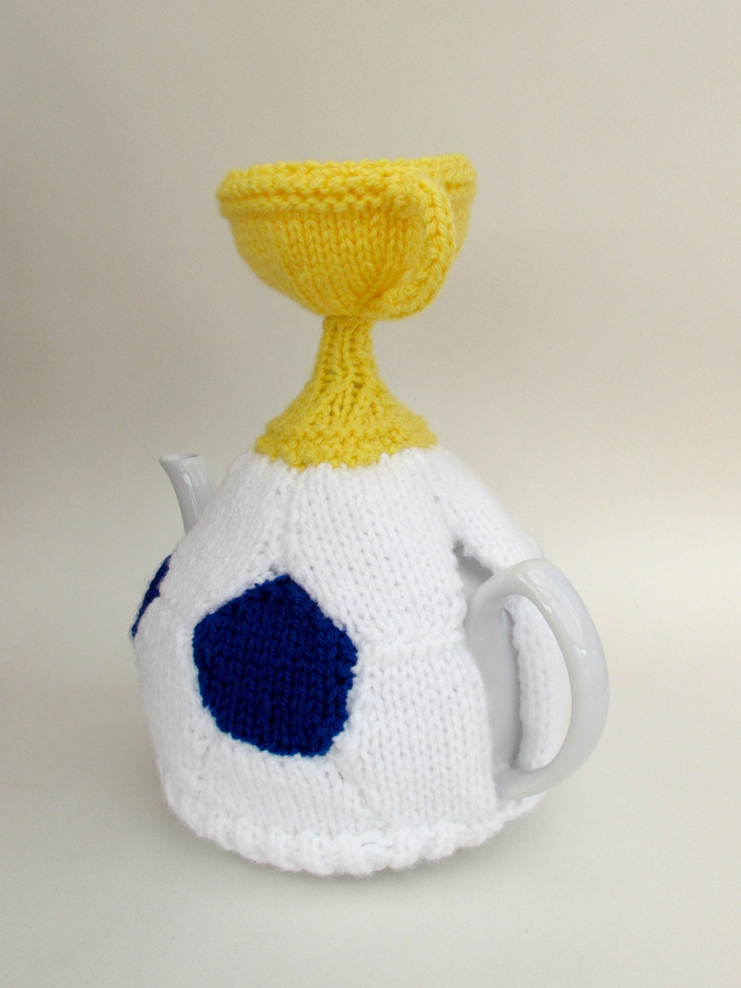 Football and World Cup Trophy knitting pattern