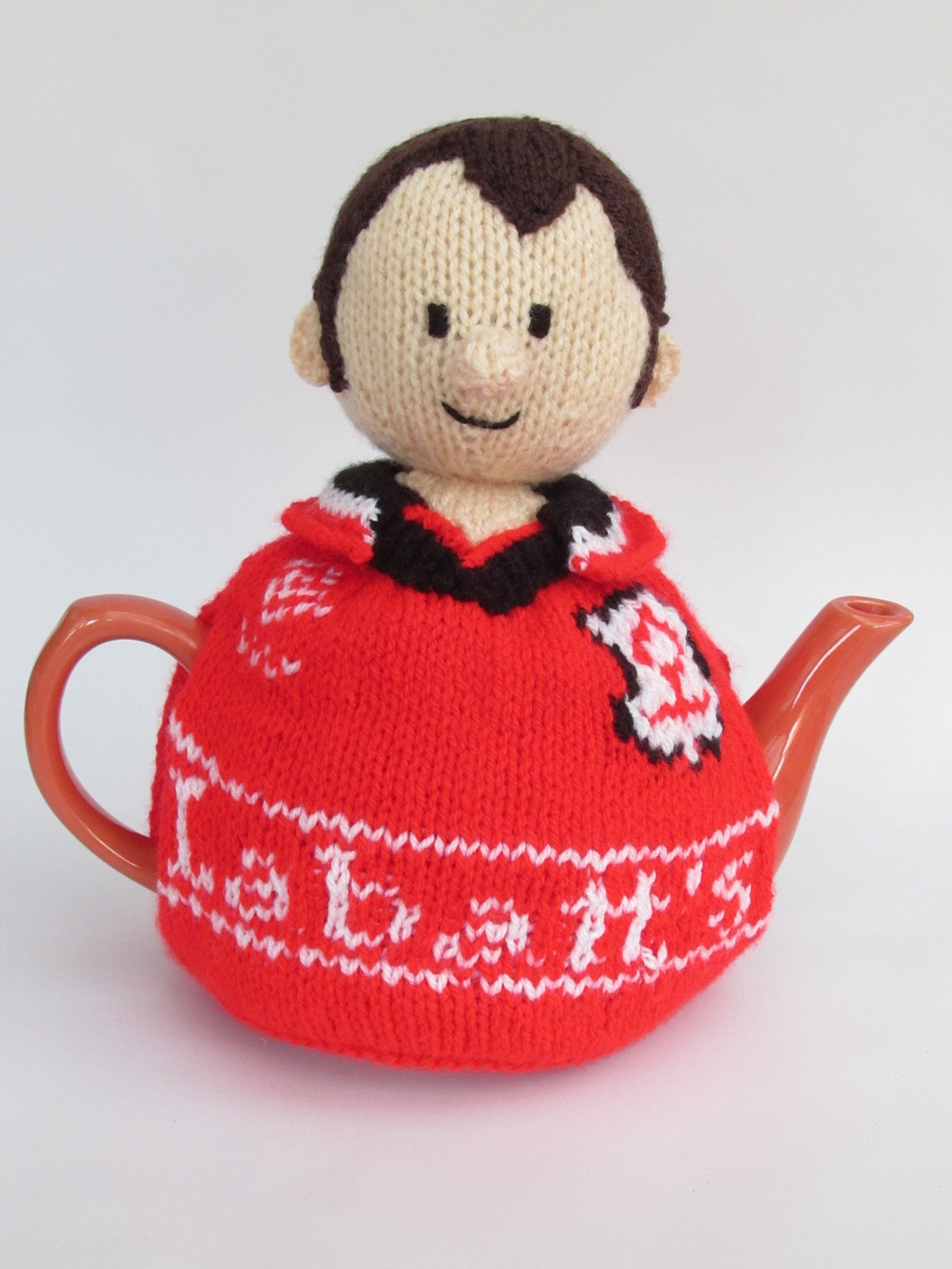 Knitting Needles Nottingham : Tennis player tea cosy knitting pattern