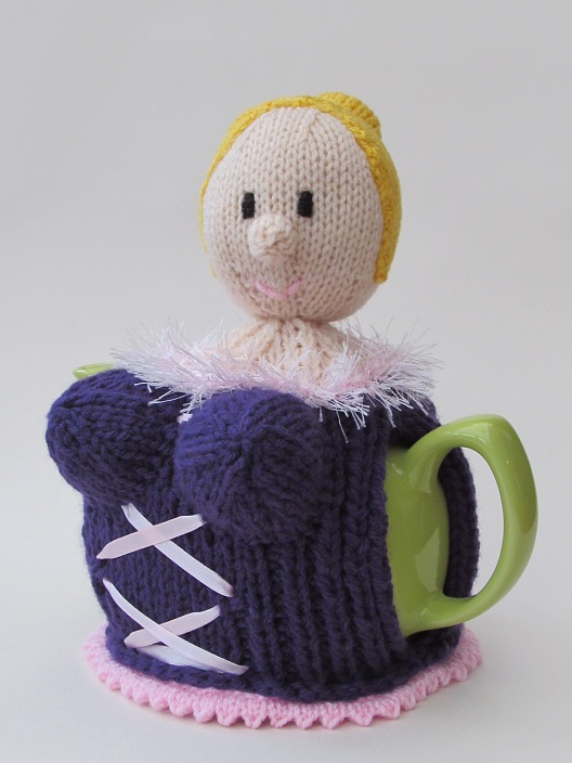 Busty Blonde knitting pattern