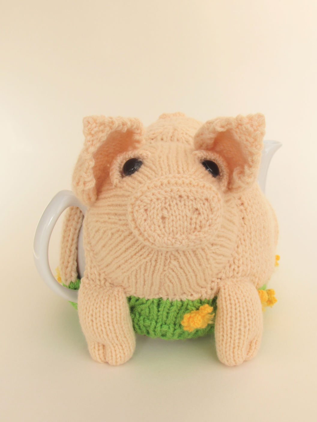 British Lop Pig tea cosy knitting pattern