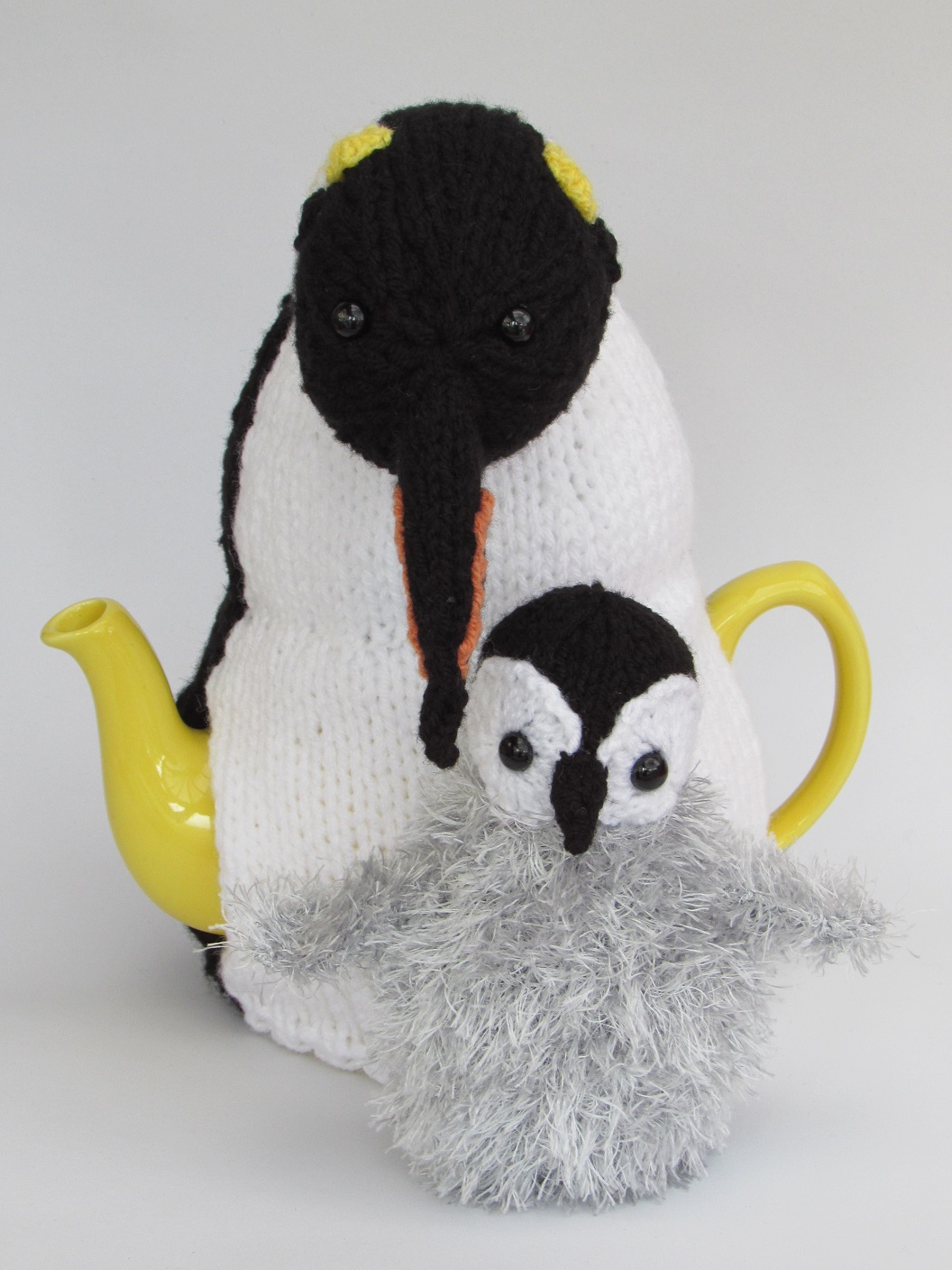 Emperor Penguin Duo