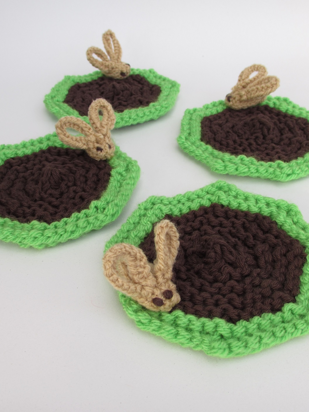 Cowpat Coasters knitting pattern