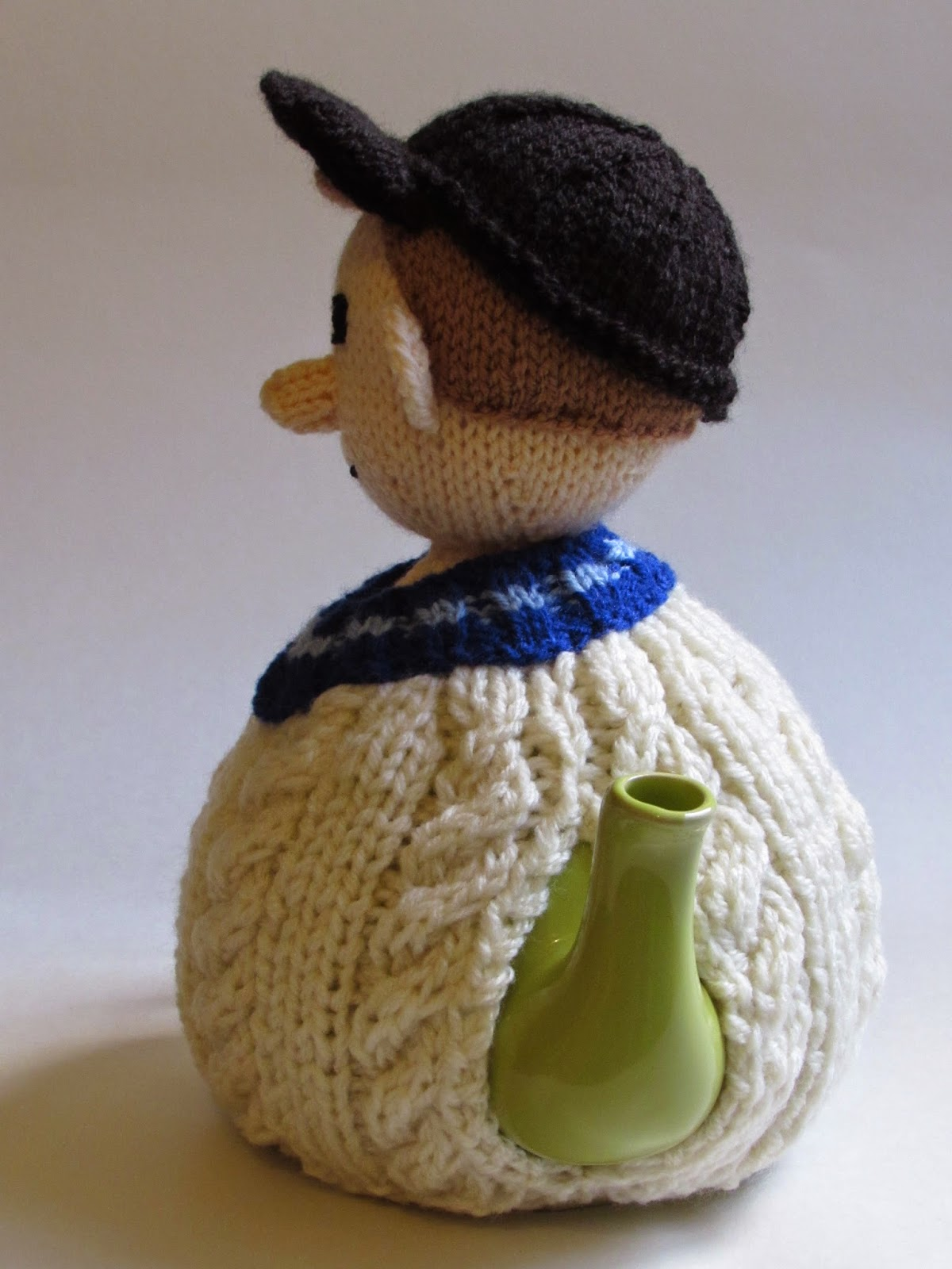 Cricketer tea cosy left side