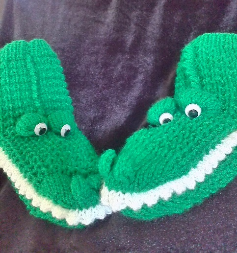 Crocodile Or Welsh Dragon Socks Knitting Pattern