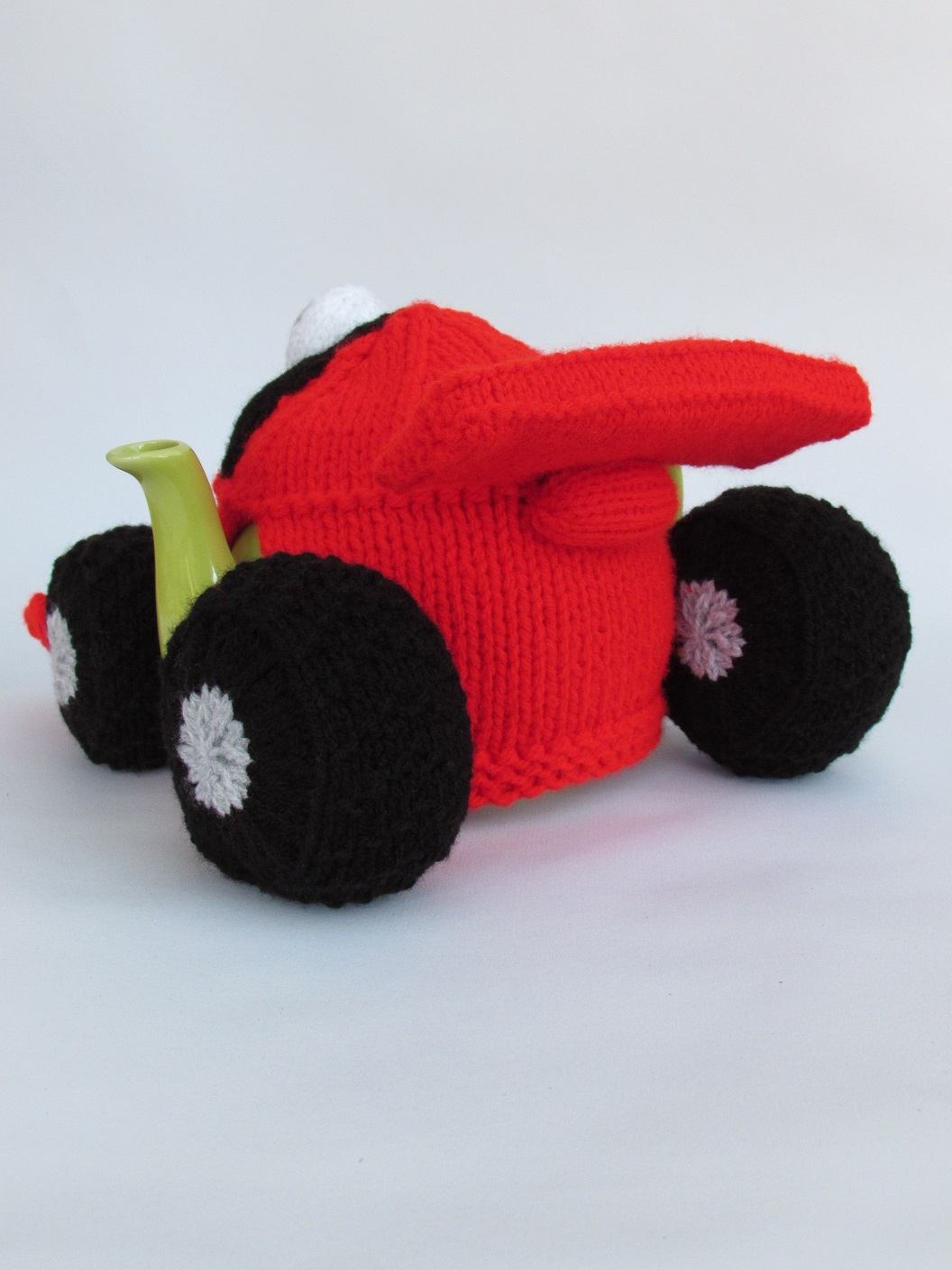 Formula One Racing Car tea cosy knitting pattern