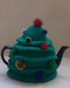 Green and Glitter Christmas Tree tea cosy