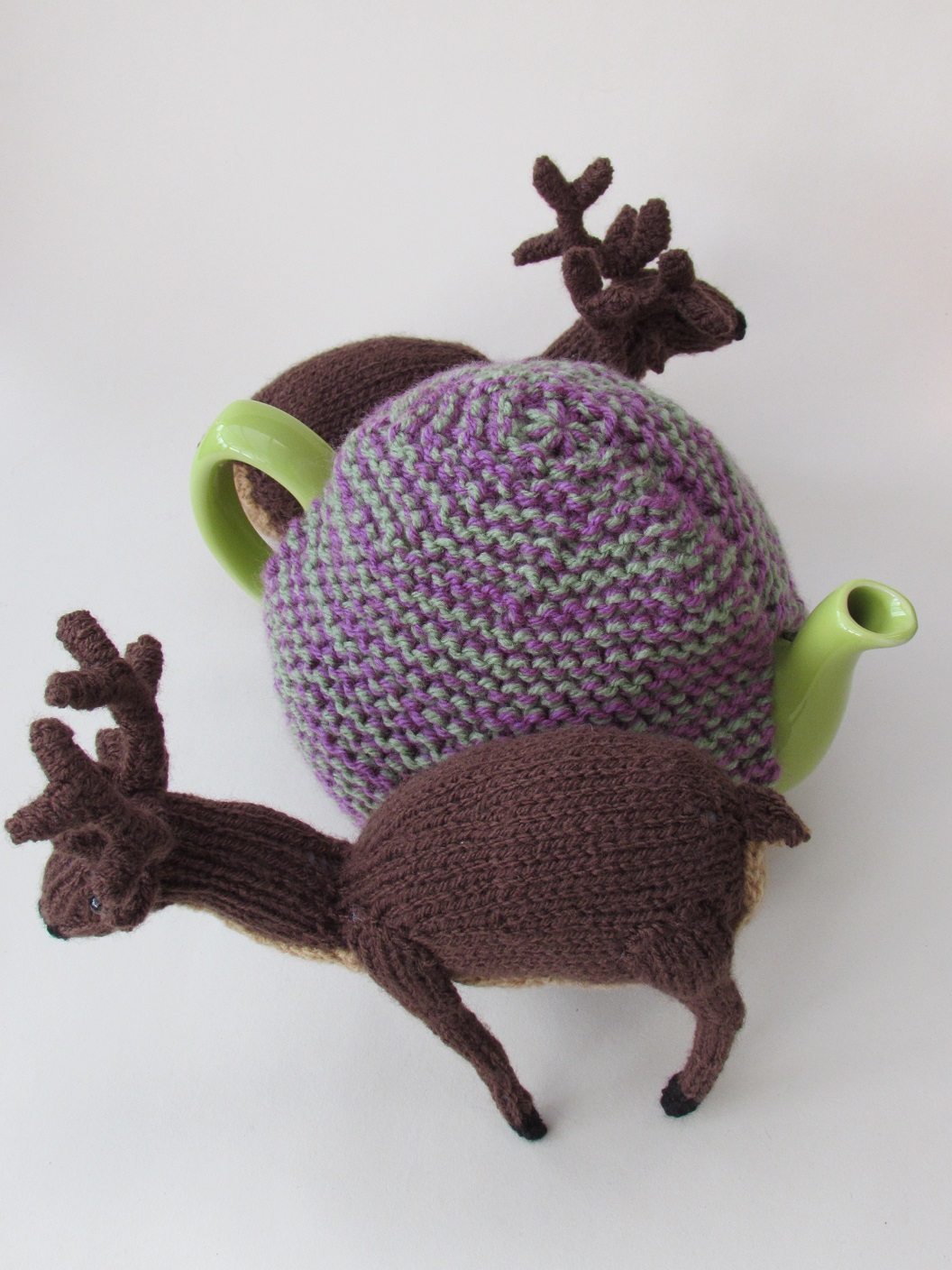 Deer in the Heather knitting pattern