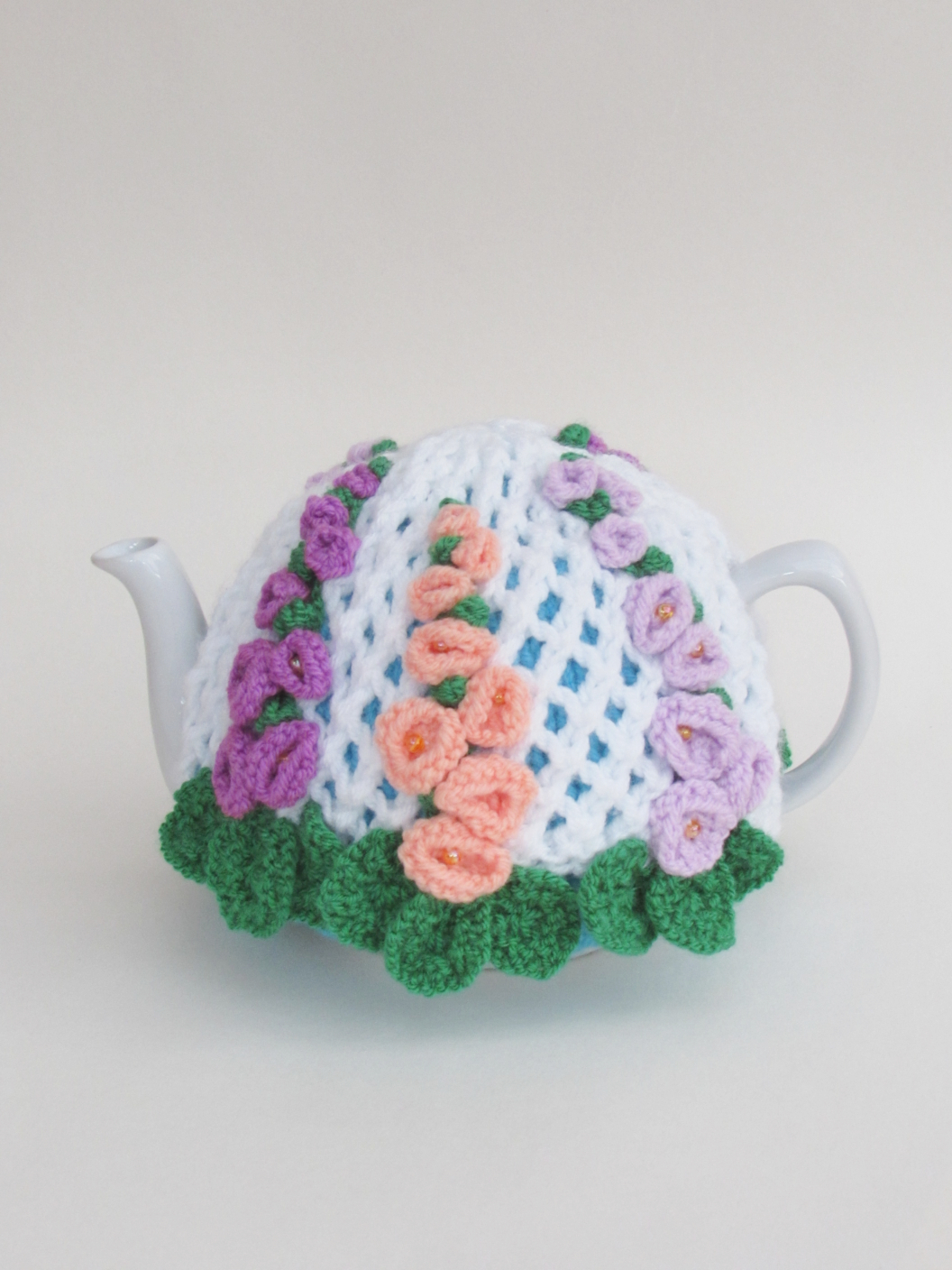 Hollyhock tea cosy knitting pattern