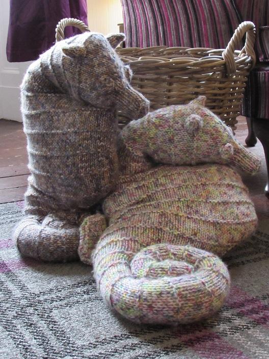 Seahorse Cushion Knitting Pattern