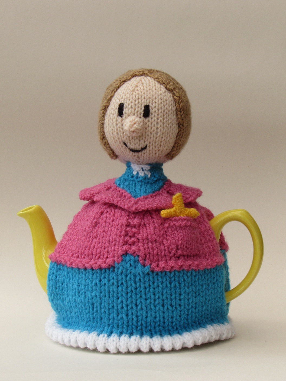 Lady Vicar tea cosy knitting pattern