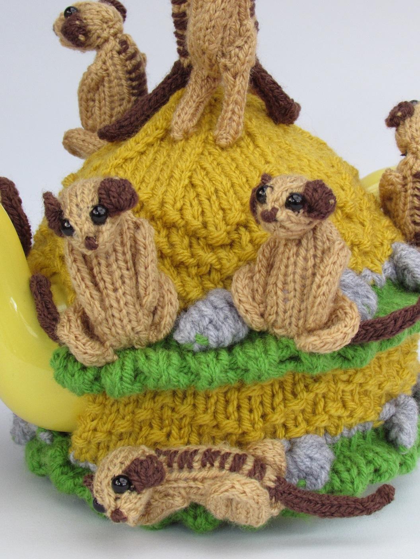 Meerkat tea cosy knitting pattern