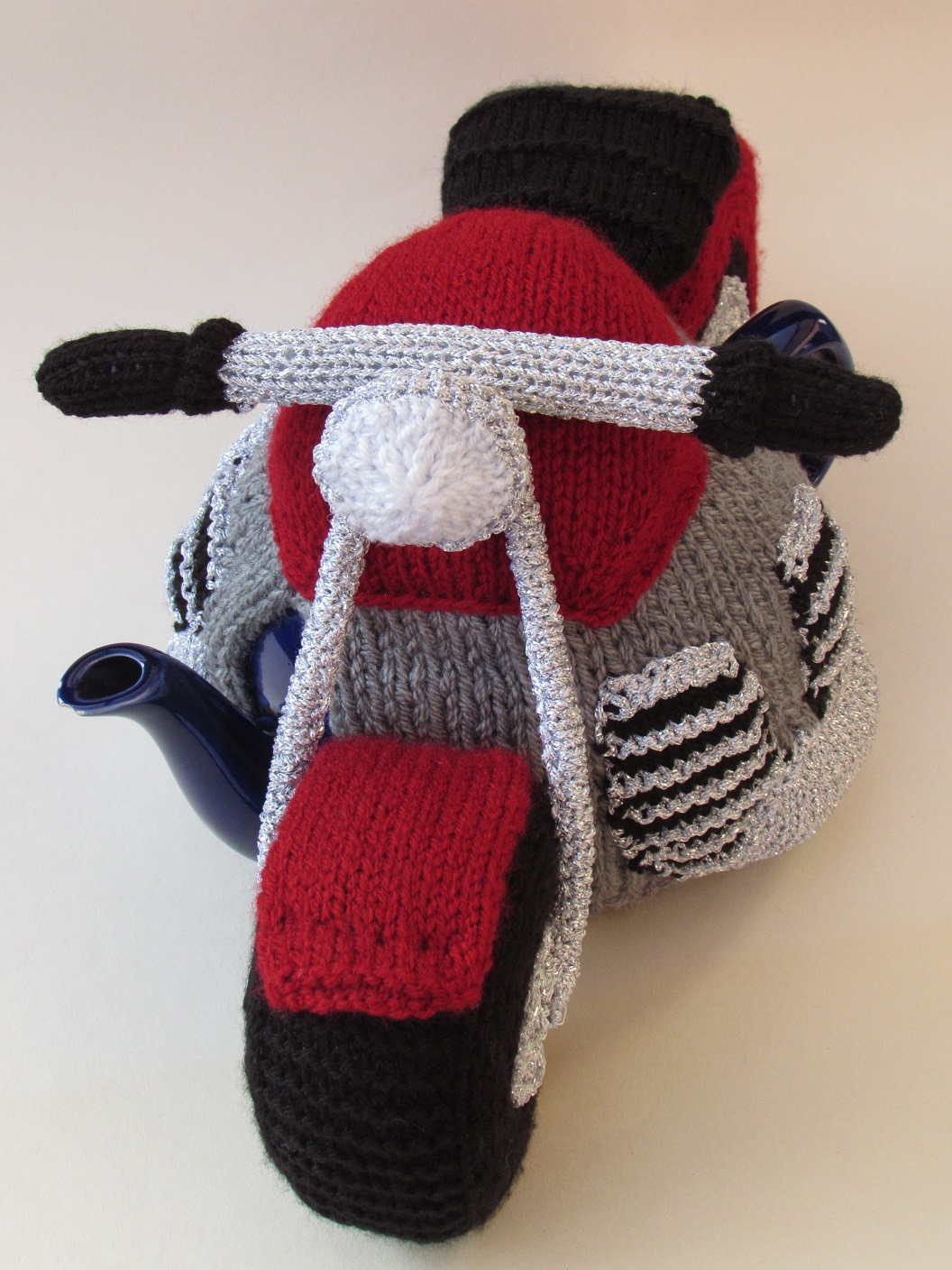 Motorcycle tea cosy knitting pattern
