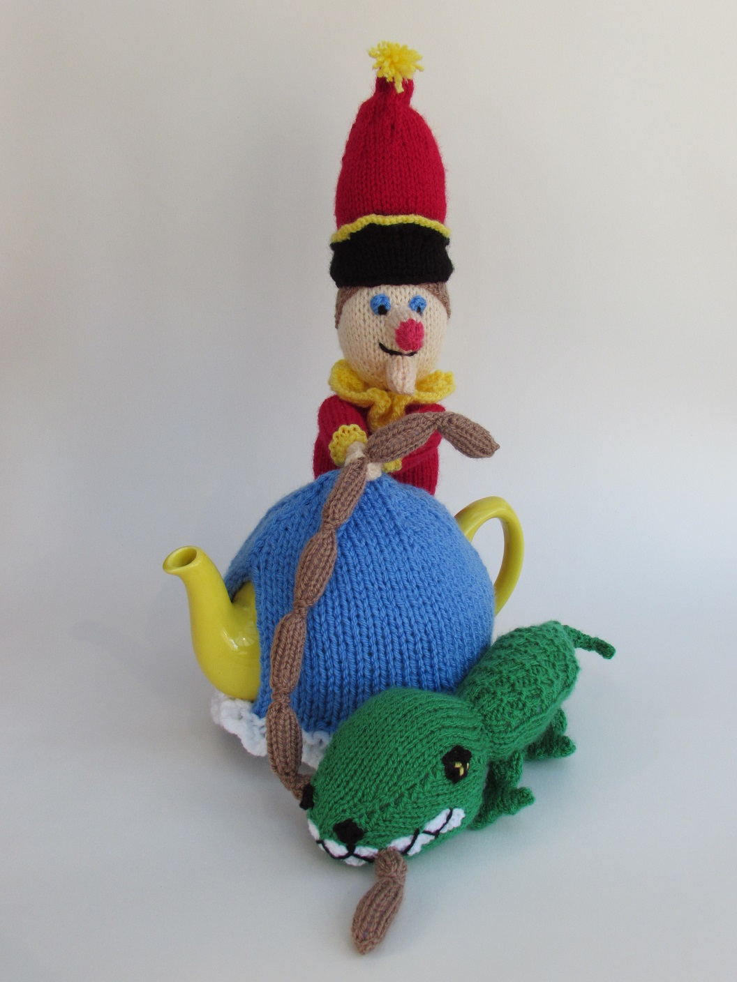 Mr Punch knitting pattern