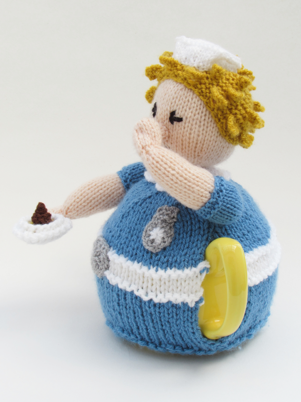 Nurse Tea Cosy Knitting Pattern