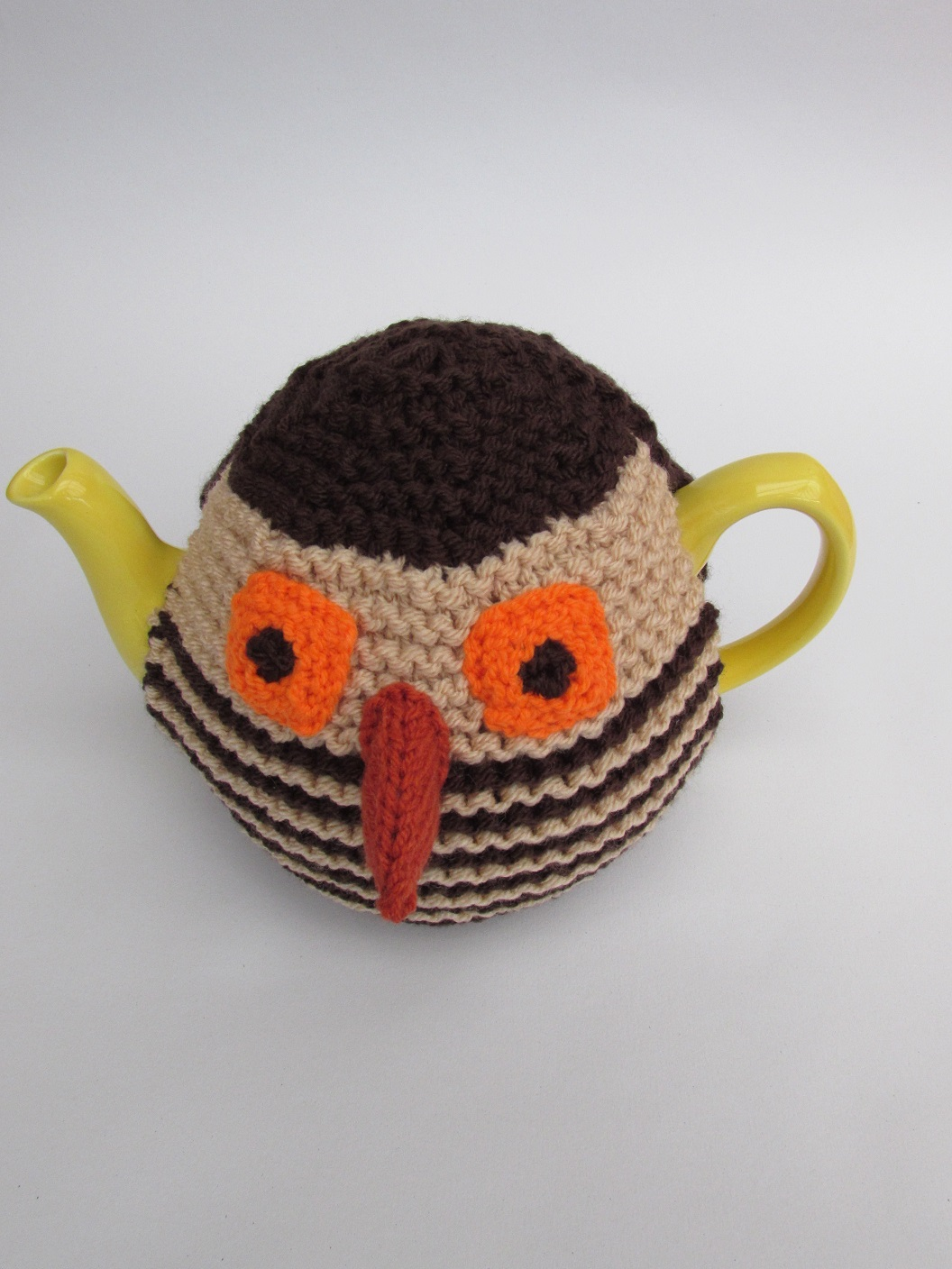 Knitted Owl Tea Cosy Pattern : Ernest Owl tea cosy knitting pattern