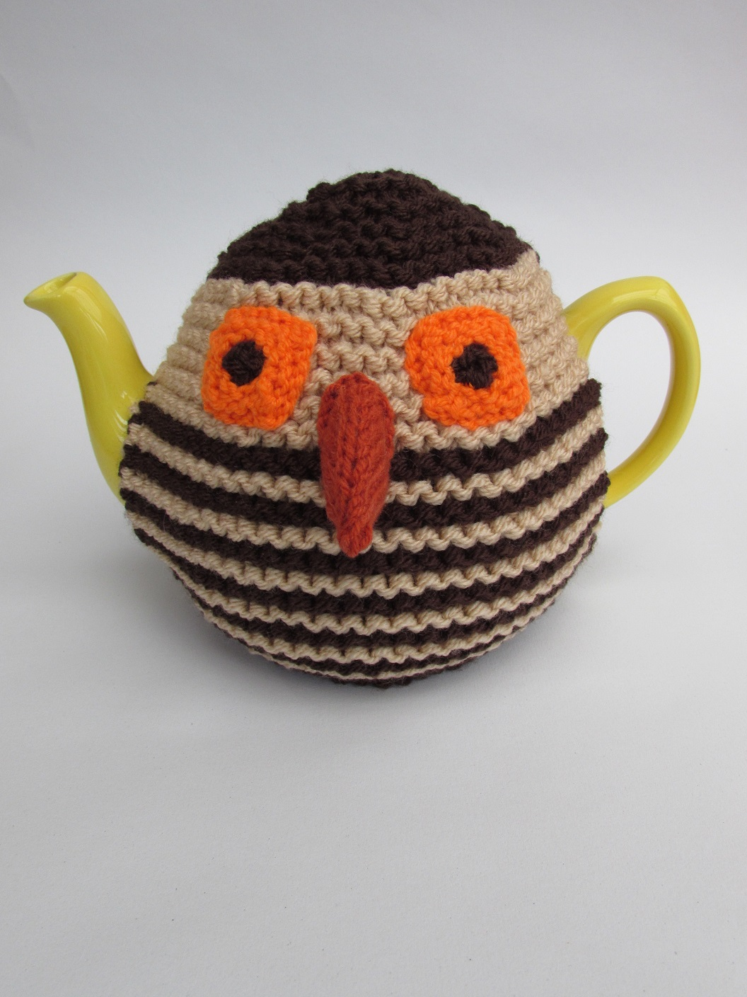 Knitted Owl Tea Cosy Pattern : Three Birds tea cosy knitting pattern