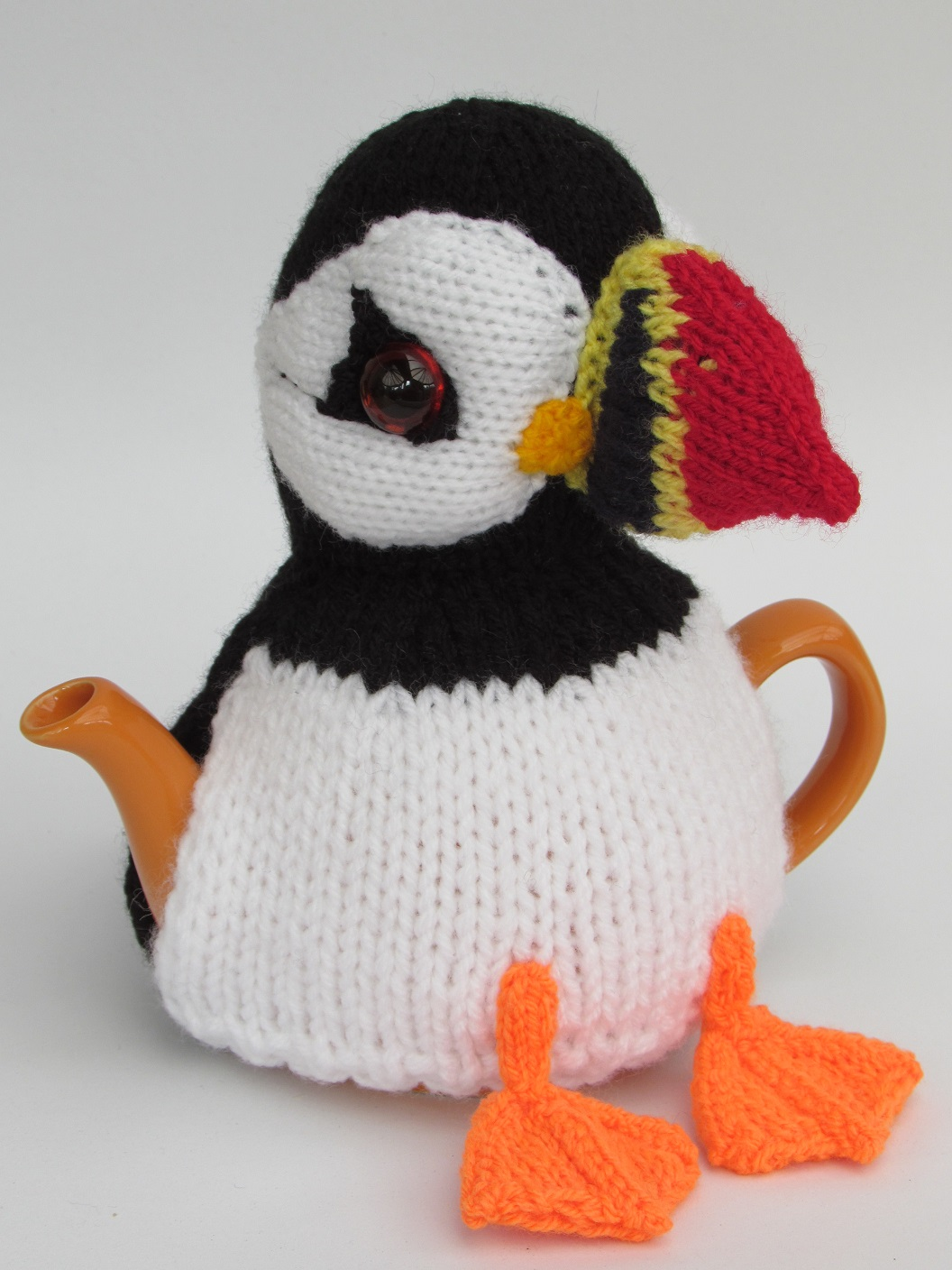 tea cosy template - puffin tea cosy knitting pattern