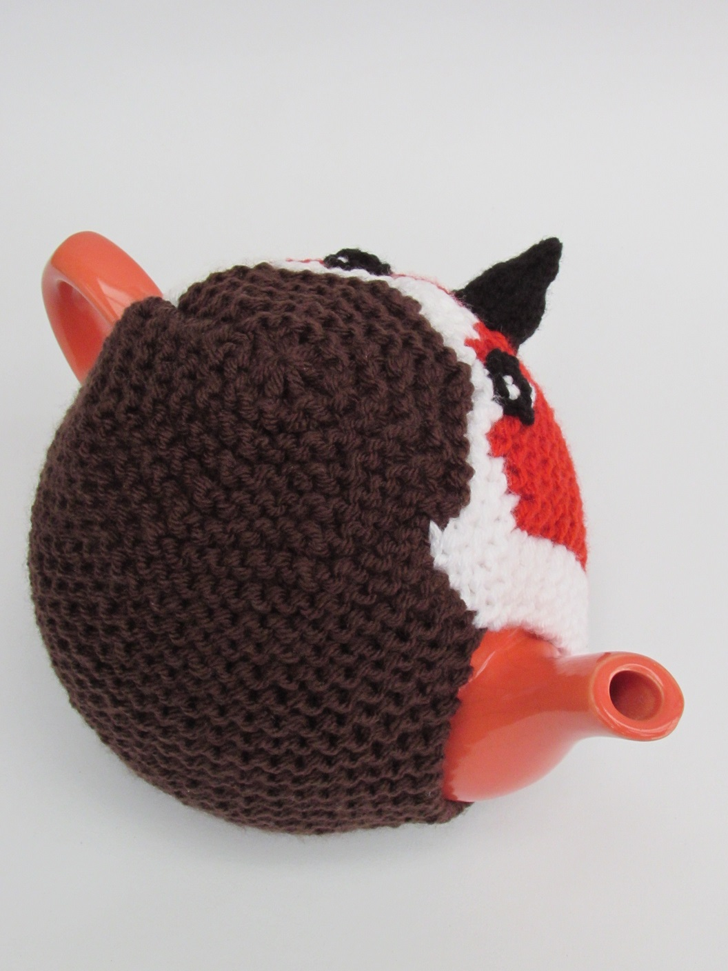 Knitting Pattern For Robin Tea Cosy : Robin Red Breast tea cosy knitting pattern
