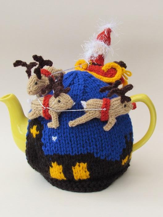 Santas Sleigh Ride Tea Cosy Knitting Pattern