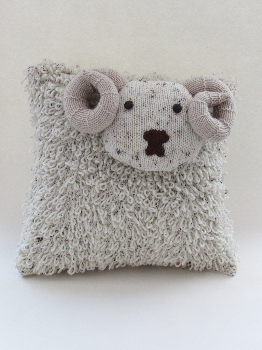 Shetland%20Sheep%20Cushion