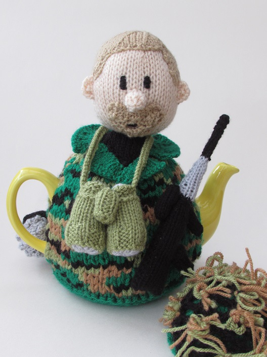 Soldier Tea Cosy Knitting Pattern