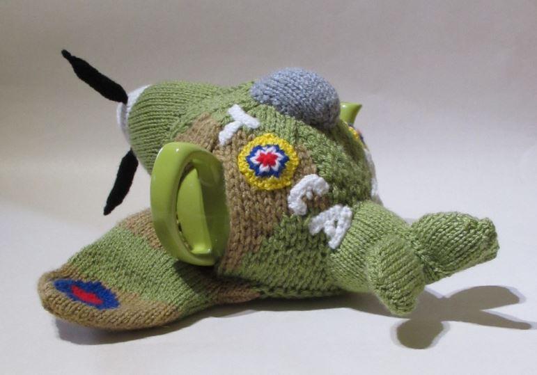 Spitfire Tea Cosy Knitting Pattern