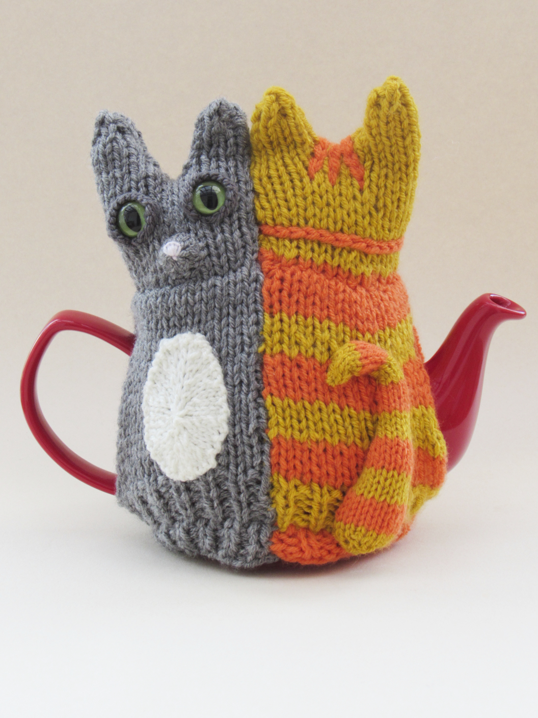 Tail of Two Kitties tea cosy