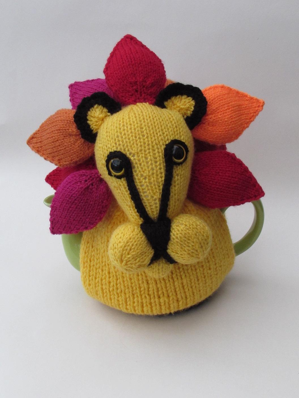 Lion Tea Cosy Knitting Pattern
