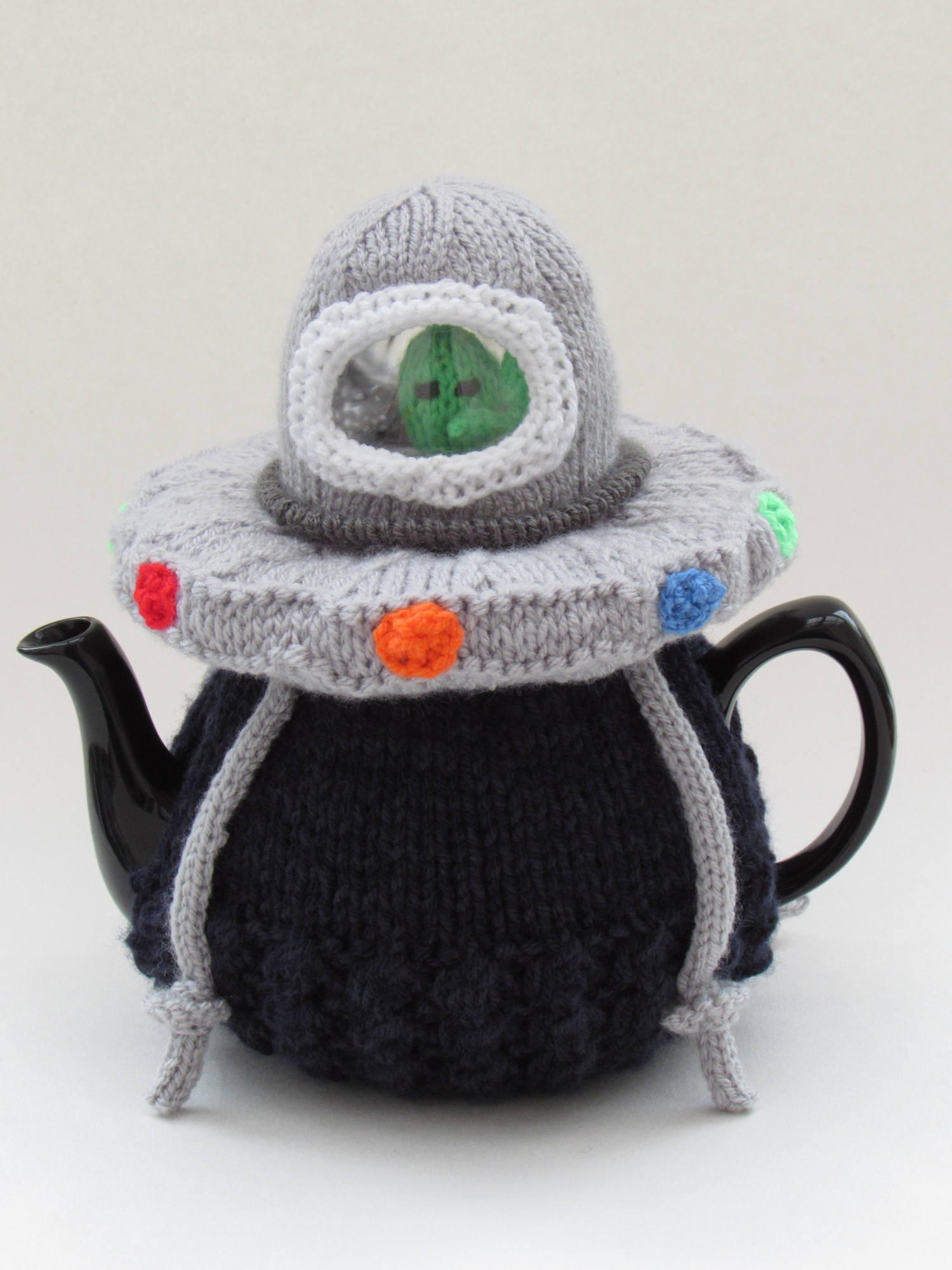 Alien Spaceship tea cosy
