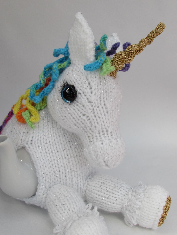 Unicorn tea cosy knitting pattern
