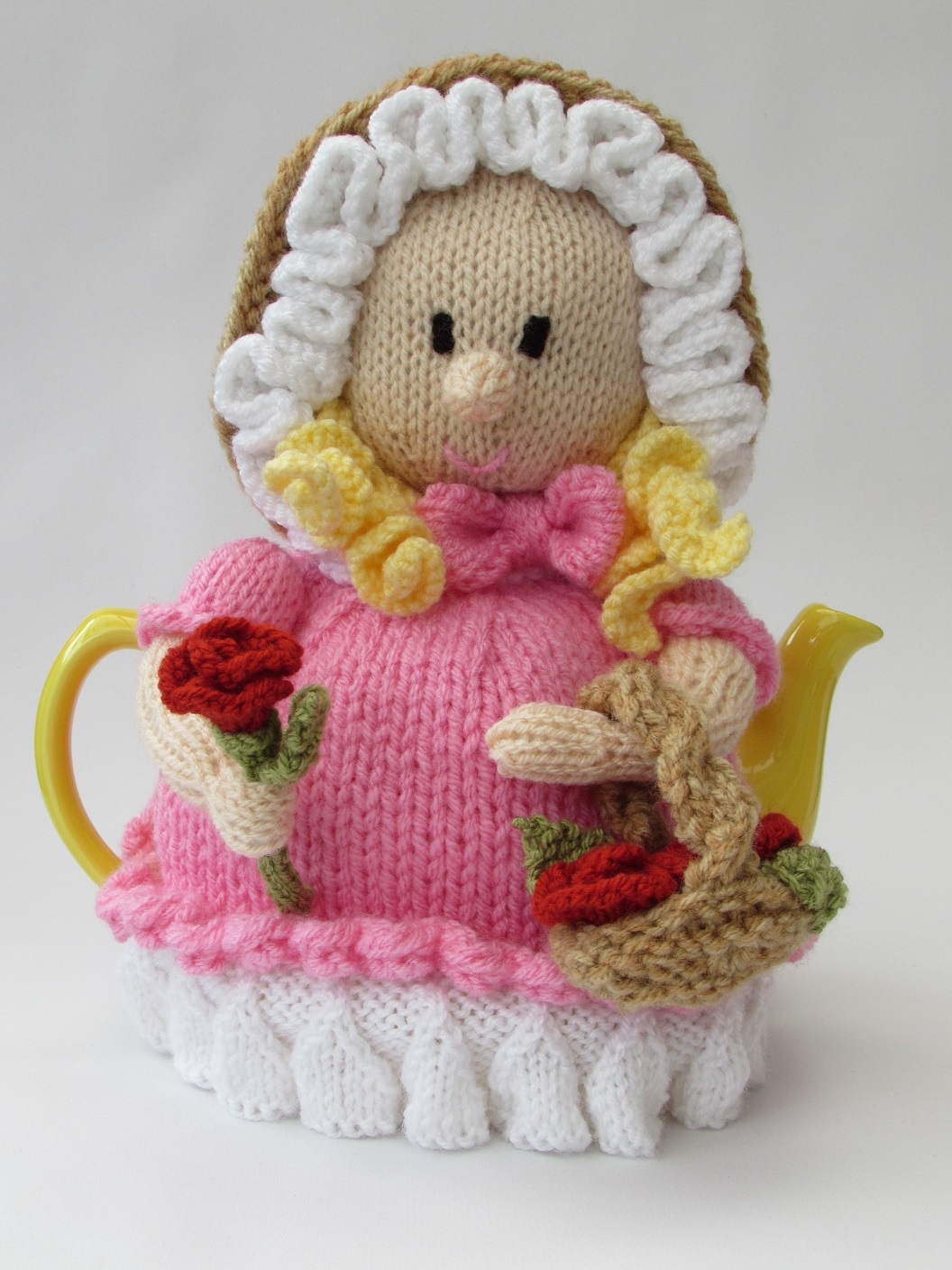 Victorian flower girl tea cosy knitting pattern for Tea cosy template