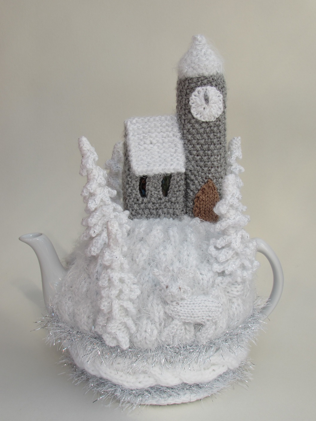 Winter Wonderland Tea Cosy Knitting Pattern